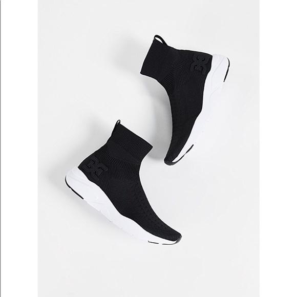 68d2cd608de4e8 Sam Edelman Tara jogger sneakers size 9.5! M 5ba7fbc00e3b86ffd13112c6